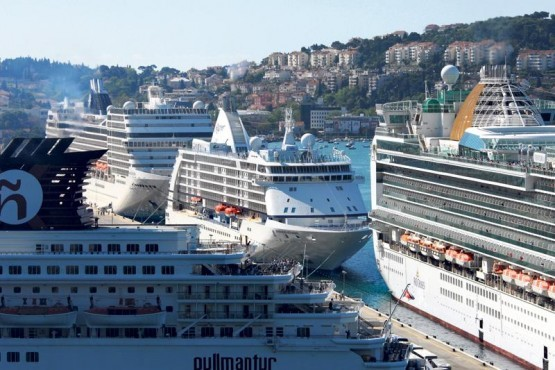 cruiser gruz port