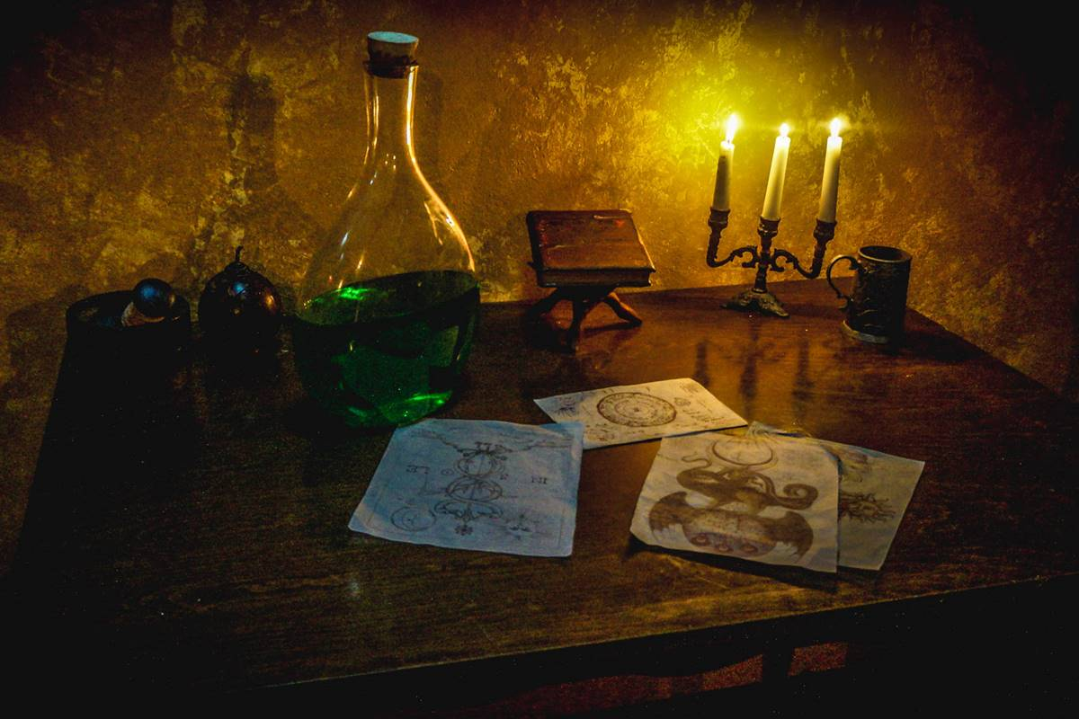 Alchemy Lab Escape Room