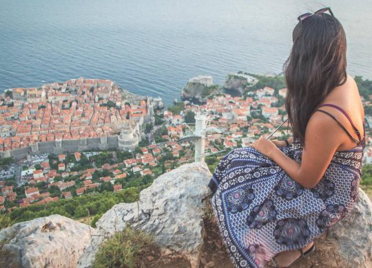Christina Guan Dubrovnik Crowds (1)