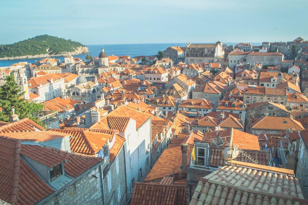 Christina Guan Dubrovnik Crowds (2)