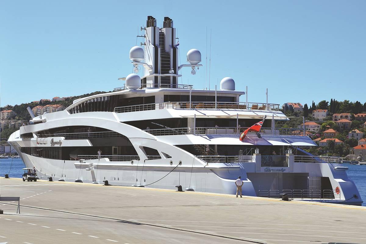 idynasty-yacht