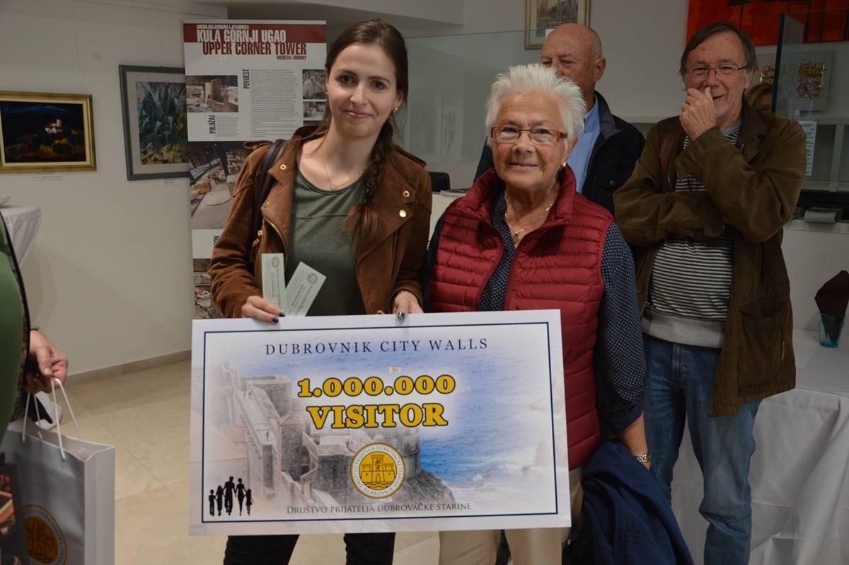 millionth-visitor-city-walls-1
