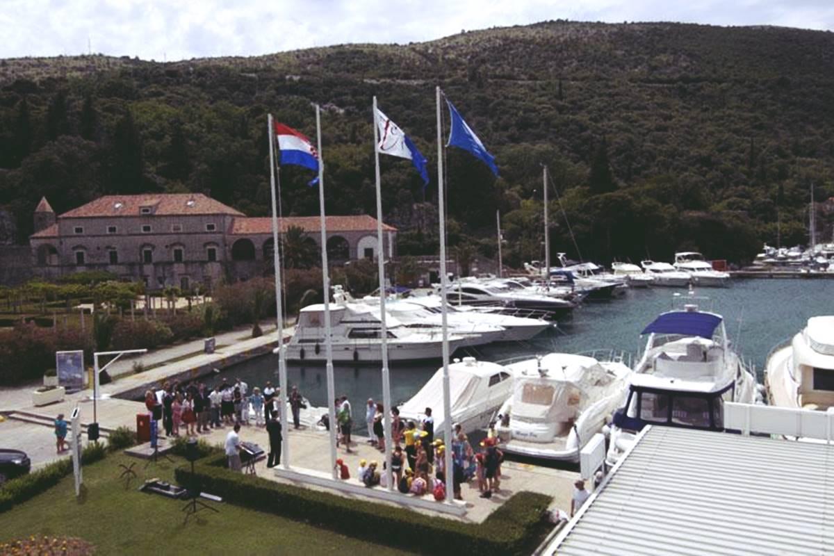 aci-marina-sorkocevic-summer-residence-1