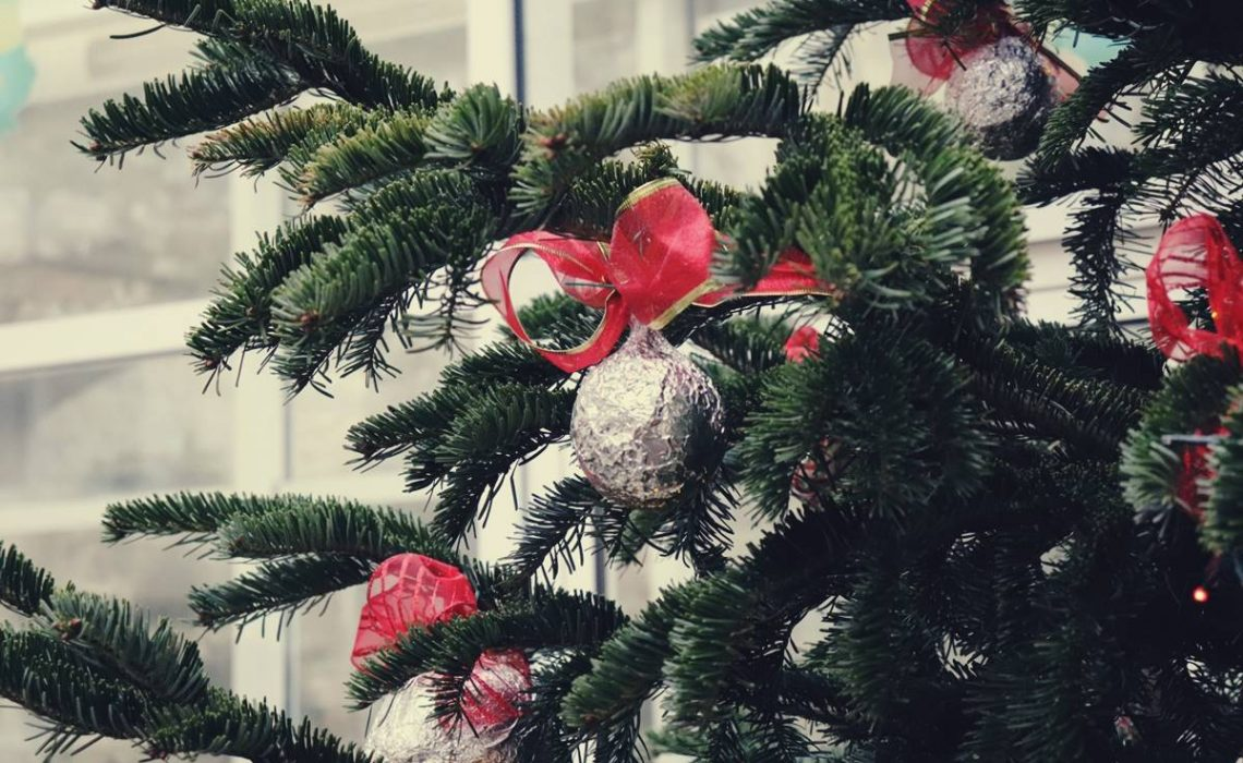 Firefighting community of Dubrovnik-Neretva County warns citizens to be careful with using Christmas decorations this Advent time since during this period ...